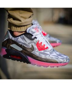 a69a919016 Womens Nike Air Max 90 Ice Grey,Nike exclusive sponsorship of romantic  Valentine's Day.