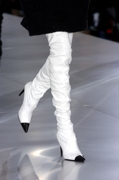 """""""I need these.... """"  Thigh-high white heeled boots [Chanel]"""