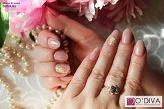 Объемные наклейки, белый с золотым (tjwg002) http://odiva.ru/~q4NEm Bluesky Shellac (CS27) http://odiva.ru/~sAPNR  #дизайнногтей #ногти #идеиманикюра #маникюр #nail #nails #stickernail #naildesign #nailart #manicure