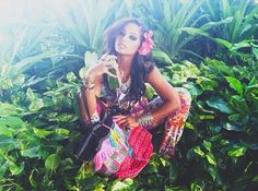 Gorgeous shoot from DISfunkshion Magazine! Model carrying Rossio Roos Pakpao Tote!!