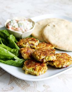 Zucchinibiffar i pitabröd | Vegoriket Healthy Meals To Cook, No Cook Meals, Healthy Eating, Veggie Recipes, Vegetarian Recipes, Healthy Recipes, Veggie Food, Healthy Drinks, Healthy Foods