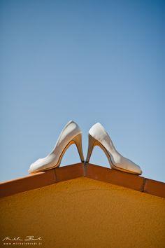 wedding shoes, details, destination wedding in cortona, michele bindi fotografia, scarpe da sposa Bindi, Tuscany, Wedding Shoes, Destination Wedding, Heels, Fashion, Fotografia, Bhs Wedding Shoes, Heel