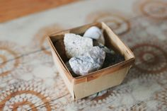 How to Polish Rocks by Hand (with Pictures)