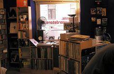 33·45 – records & culture Vinyl Store, 45 Records, Vienna, Corner Desk, Dj, Culture, The Originals, Furniture, Home Decor