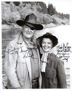 John Wayne and Katharine Hepburn Rooster Cogburn Signed Photo - Dunway Enterprises Hollywood Stars, Classic Hollywood, Old Hollywood, Hollywood Glamour, It Movie Cast, Movie Tv, Westerns, John Wayne Movies, Cultura General
