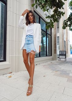 Brunch Outfit Spring, Lunch Outfit, Summer Heels Outfit, Sunday Brunch Outfit Summer, Classy Fashion Chic, Summer Outfits, London Outfit, Casual Brunch Outfit, Casual Chic Spring