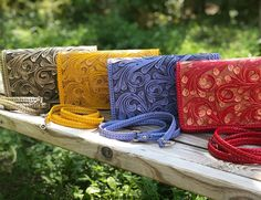 "ALLE Handbags on Instagram: ""Summer colors check our crossbody models by ALLE hand tooled leather handbags- FREE SHIPPING AND 20% Off with coupon YEAH20 handcrafted by…"" Tooled Leather, Leather Tooling, Leather Crossbody, Leather Handbags, Instagram Summer, Summer Colors, Hand Tools, Coupon, Models"