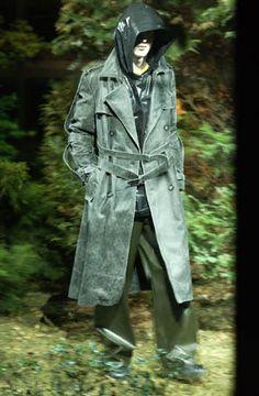 Raf Simons | AW 2002-03 | Virginia Creeper Raf Simmons, Virginia Creeper, Beautiful Dark Art, What Is Fashion, Creepers, Mens Fashion, High Fashion, Menswear, Coat