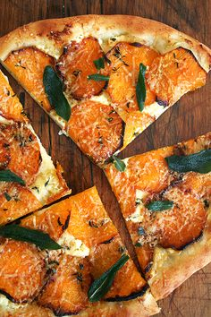 Butternut Squash Pizza with Crispy Sage butternut squash and sage pizza - I'd be the only one eating this at my house. But yum.butternut squash and sage pizza - I'd be the only one eating this at my house. But yum. Think Food, I Love Food, Vegetarian Recipes, Cooking Recipes, Healthy Recipes, Pizza Recipes, Delicious Recipes, Cooking Tips, Vegetarian Pizza