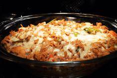 Zapiekanka z makaronu i warzyw fitness Mozzarella, Macaroni And Cheese, Rice, Ethnic Recipes, Fitness, Food, Diet, Mac And Cheese, Essen