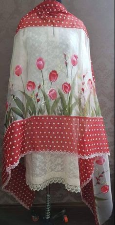 9815432341 Fabric Colour Painting, Fabric Painting On Clothes, Painted Clothes, Painting Patterns, Saree Painting, Dress Painting, Silk Painting, Hand Painted Dress, Hand Painted Fabric