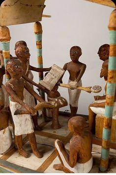 (3) Quora Life In Ancient Egypt, Old Egypt, Egypt Art, Ancient Egyptian Architecture, Ancient Egyptian Art, Egypt Concept Art, Kemet Egypt, Egyptian Tattoo, Futuristic Art