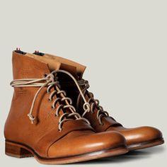 hard graft / Über Premium Leather and 100% Wool Felt. Authentically European.