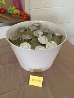 Birthday party drinks, lemonade, jars of lemonade, party drink display