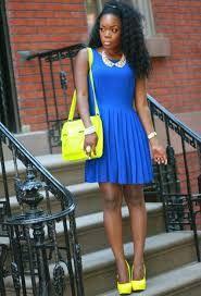 Resultado de imagen para ropa amarilla con azul