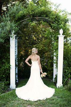 Barr Mansion, Austin TX   //   Abby's bridal session   //   Sara & Rocky Photography