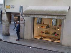 Falcomer Calzature piazza Marconi 3 | Udine tutta per me | Vivere e fare shopping in centro a UdineUdine tutta per me | Vivere e fare shopping in centro a Udine