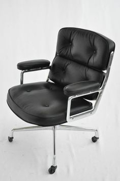 The Time Life chair by Ray and Charles Eames for Herman Miller is an iconic office chair, designed for Manhattan's Time Life Building in the 1960's.