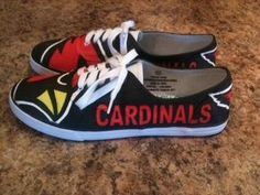 I would so wear these on game day!!!!
