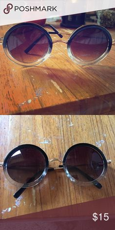 Ombré Round Sunglasses Great condition! Accessories Glasses