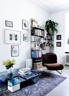 Wonderful Cool Ideas: Minimalist Home Tips Couch modern minimalist interior apartment therapy.Minimalist Home Tips Couch minimalist interior design white.Minimalist Home Tips Couch. Minimalist Interior, Minimalist Bedroom, Minimalist Decor, Minimalist Kitchen, Minimalist Living, Modern Minimalist, Apartment Interior, Home Interior, Interior Design