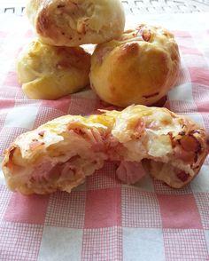 I panini ripieni per buffet bimby sono soffici e gustosi e si prestano molto bene ad un buffet, poiché si possono preparare anche con un po' di anticipo...