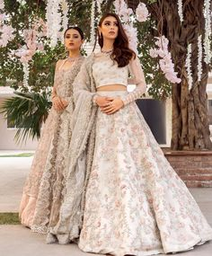 Ivory wedding dress with hand embellished lengha with pastel thread work and zardozi. Motif embellishment on blouse heavier at cuff with det. Indian Bridal Outfits, Pakistani Bridal Dresses, Indian Designer Outfits, Indian Dresses, Indian Bridal Lehenga, Indian Wedding Dresses Traditional, Asian Bridal Dresses, Asian Wedding Dress, Shadi Dresses