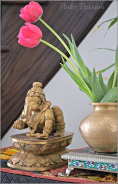 Ganesha, brass artifacts, Indian décor, Indian interior styling, Traditional décor, brass décor, brass Ganesha, brass vignette, pinkz passion