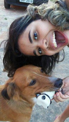 A menina e o cão de estimação... Mila & Jane.
