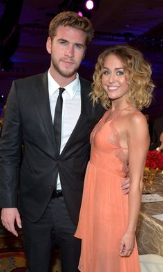 Pin for Later: Of Course Miley Cyrus and Liam Hemsworth Sing Justin Bieber Together in the Car