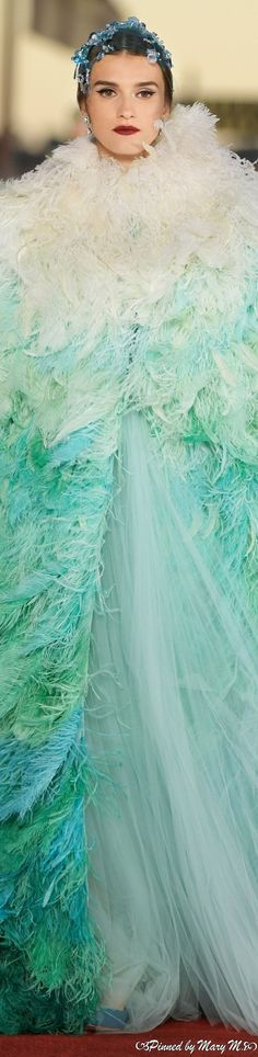 Forever Green, Types Of Girls, Glamour, Formal Dresses, Wedding Dresses, Evening Gowns, Diva, Ball Gowns, Dress Up