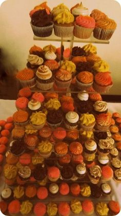 DESSERT BARS Wedding Cakes Photos on WeddingWire