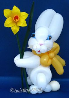 Rabbit With Dafodil - Balloon Sculpture By Twistina The Amazing Balloon Lady