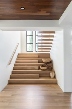 Nyla Free Designs Inc. Staircase Design Modern, Home Stairs Design, Modern Hallway, Home Room Design, Dream Home Design, Modern House Design, Home Interior Design, Stair Design, Outside Stairs Design