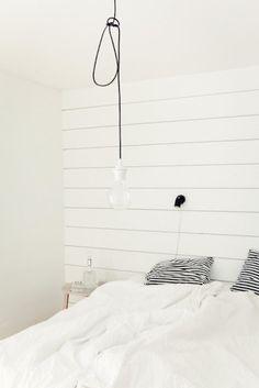 Modern white bedroom ideas + inspiration — The Little Design Corner Modern Bedroom, Bedroom Decor, White Bedrooms, Stylish Bedroom, Minimalist Bedroom, Bedroom Ideas, Interior Exterior, Interior Modern, New Room