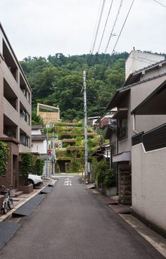These Hobbit-like homes in Japan are a lesson in sympathetic design