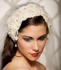 Wedding Veil Bridal Veil Lace Cap Veil Vintage by GildedShadows