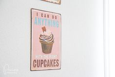With the right #cupcakes #sign #schild I Can Do Anything, Cupcakes, Canning, Signs, Metal, Cupcake Signs, Sheet Metal, Deko, Cupcake