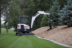 How-To: 5 tips for selecting the right compact excavator