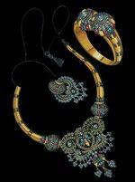 Shinde's Art- N- Design Jewelry Illustration, Washer Necklace