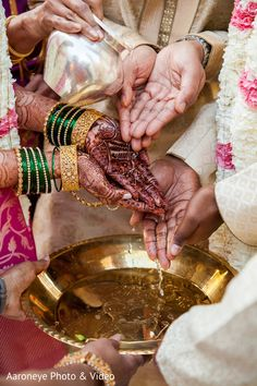 Don't miss this Indian wedding ceremony ritual scene. Bridal Photography, Photography Poses, Bangle Ceremony, Indian Wedding Ceremony, Gold Bangles, Wedding Portraits, Bridal Accessories, Beautiful Hands, Blood