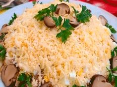 Chicken salad with mushrooms and cheese - Tasty-Meals - Simple recipes for every day Meat Cooking Times, Just Cooking, Cooking Recipes, Healthy Recipes, Cooking Steak, Simple Recipes, Meat Appetizers, Appetizer Salads, How To Cook Lobster