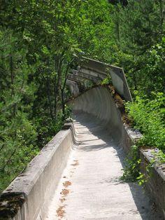 """Résultat de recherche d'images pour """"detail constructif piste bobsleigh"""""""