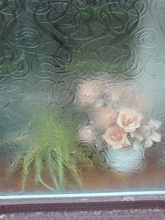 .Reminds me of the sound of rain falling on a window.