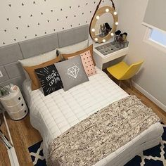 10 Interior Design Suggestions for Small Bedroom Decoration - Bedroom Decor ideas Dream Rooms, Dream Bedroom, Home Bedroom, Girls Bedroom, Bedroom Decor, Bedroom Ideas, Childrens Bedroom, Bedroom Themes, Bedroom Colors