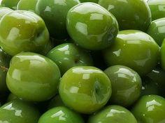 Nocellara del Bellice. Italian Olive Type #olive #food #gourmet #foodblog #foodbloger #appetizer #partyfood #aperitivo #apero #italy #italianfood #healthyfood #healthyliving #healthylunch #healthylife #healthysnacks