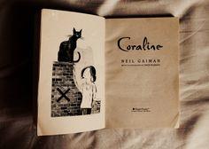 book, coraline, neil gaiman, reading on We Heart It Coraline Book, Coraline Jones, Coraline Aesthetic, Film Aesthetic, George Orwell, Friedrich Nietzsche, Coraline Neil Gaiman, Gaiman Neil, After Earth