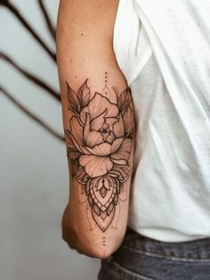 Flower mandala tattoo Flower mandala tattoo - - Th. - Flower mandala tattoo Flower mandala tattoo – – This image has ge - Tatuaje Mandala Floral, Mandala Flower Tattoos, Forearm Flower Tattoo, Forearm Sleeve Tattoos, Foot Tattoos, Tattoo Floral, Tricep Tattoos, Mandala Tattoo Sleeve, Forearm Mandala Tattoo