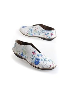 Inimitable shoes from Loints of Holland.