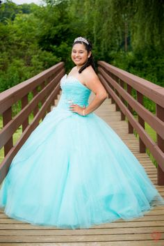 Quince Picture Poses